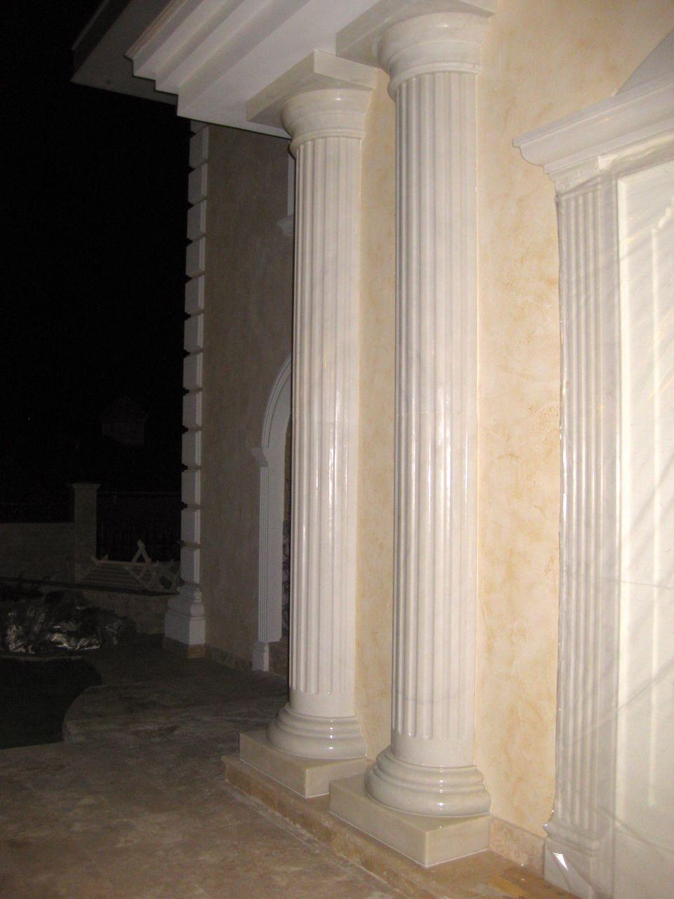Колонны и балясины из мрамора